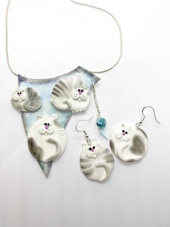 Colier cu pisici haioase8