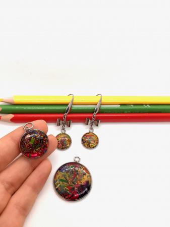 Set bijuterii cu creioane colorate2