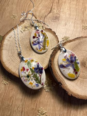 Set de bijuterii din argint cu flori colorate4