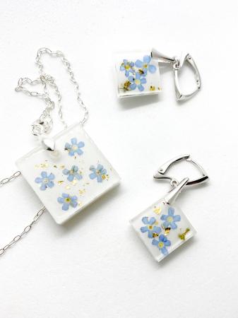 Set de bijuterii din argint cu flori de nu ma uita0