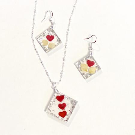 Set de bijuterii cu inimioare din petale de trandafir  - Set bijuterii handmade [0]