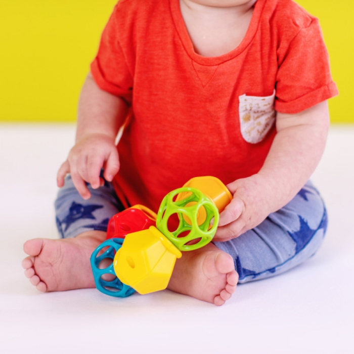 Bright Starts - Jucarie Clicky Twister™ Easy-Grasp Rattle Oball 1