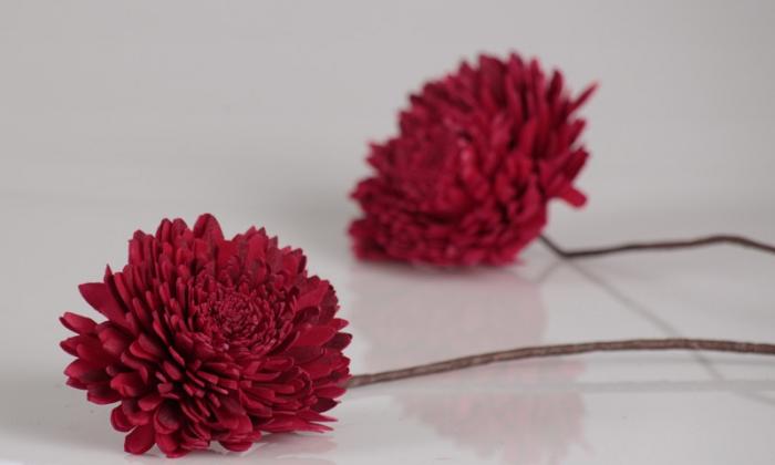 set de 3 flori rosii cu ramura de 50cm 0