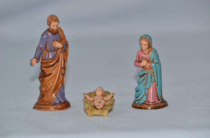 Set 3 figurine Isus, Maria, Iosif, 10 cm [0]