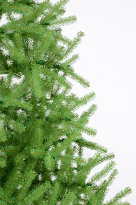 Brad artificial de Craciun Montana 250 cm verde 1