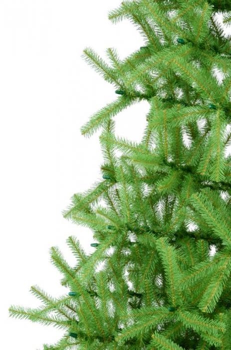 Brad artificial de Craciun Montana 250 cm verde 2