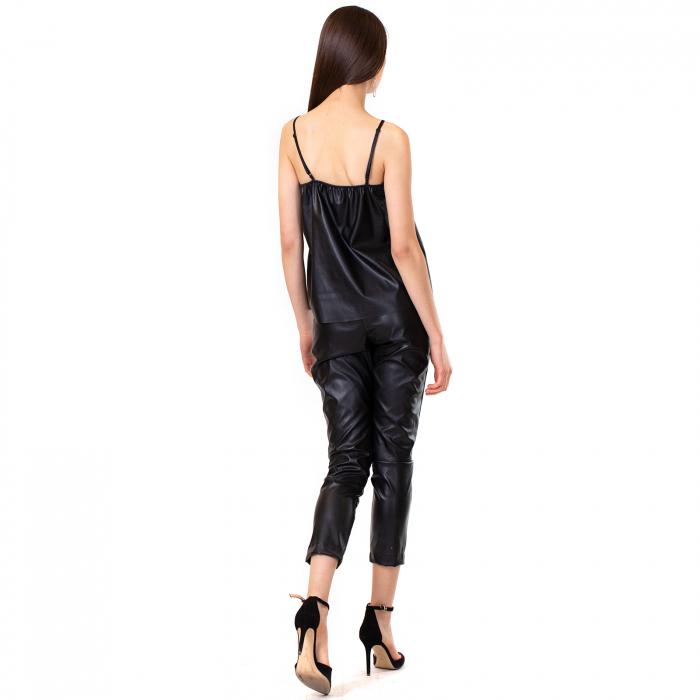 Pantalon piele ecologica cu buzunare 4