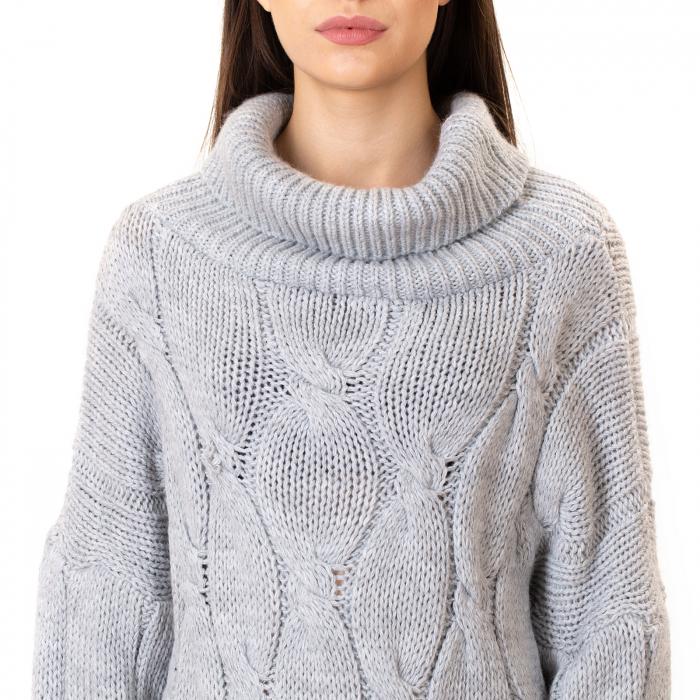 Pulover tricotat cu guler [1]