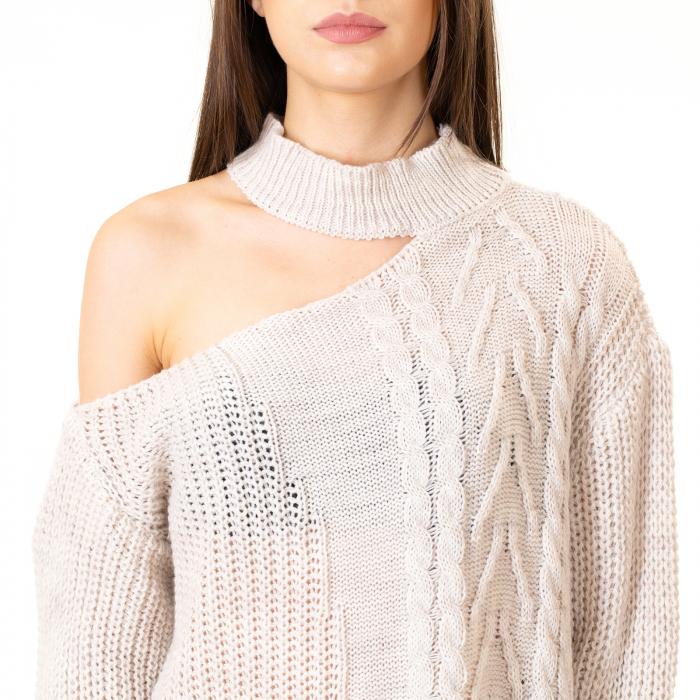 Bluza tricotata cu umarul gol 5