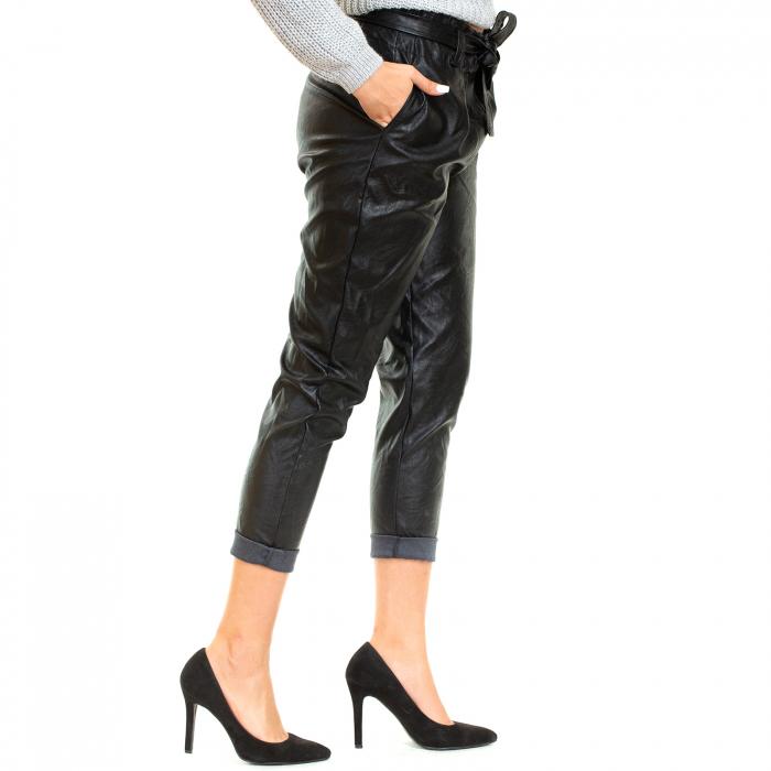 Pantalon piele ecologica , cu cordon 1