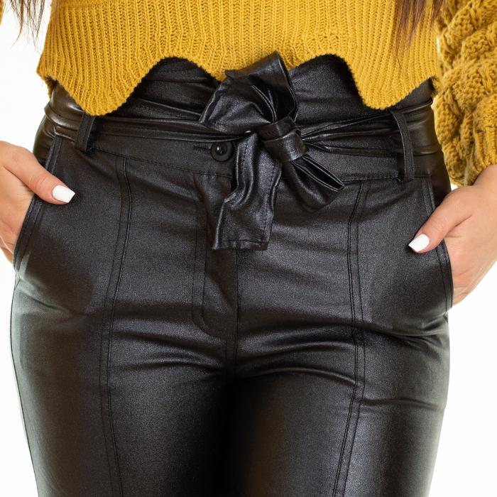 Pantalon din piele ecologica cu reflexie metalica 3
