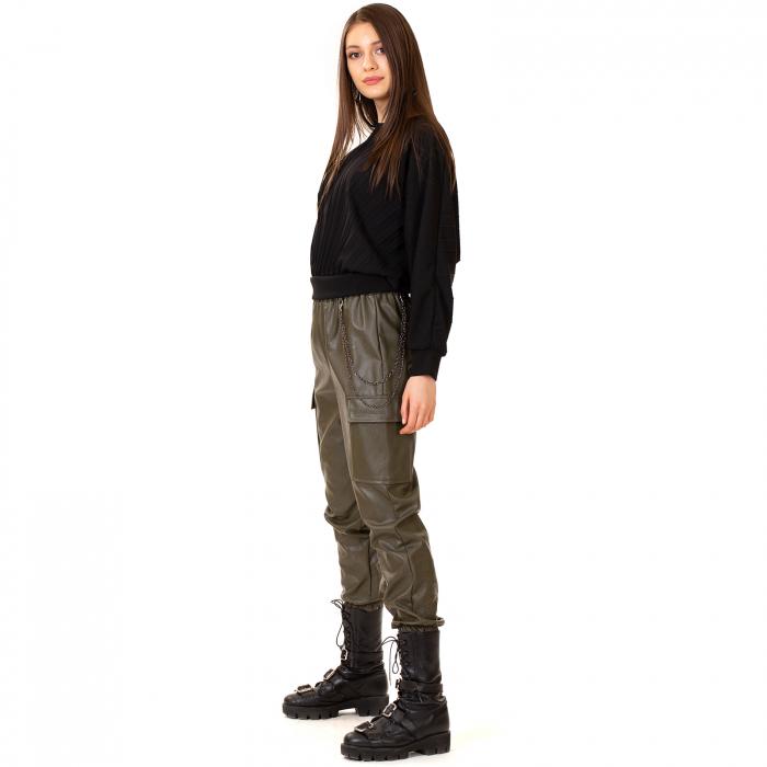 Pantalon piele ecologica cu lant 3
