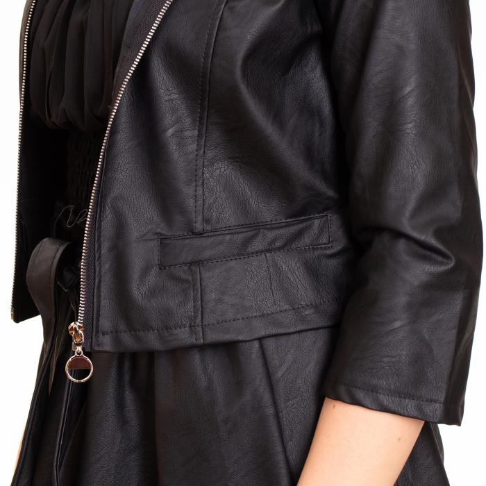 Jacheta scurta cu buzunare , din piele ecologica 1