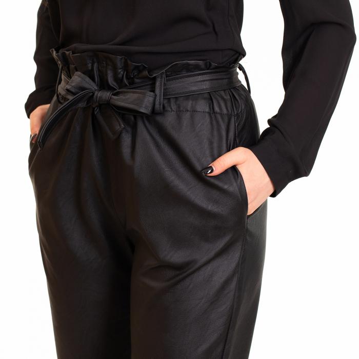 Pantalon cu cordon ,  conic din piele ecologica 1