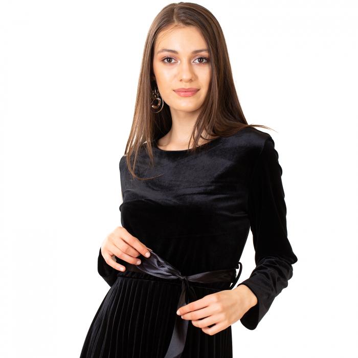 Rochie catifea cu maneca lunga 4