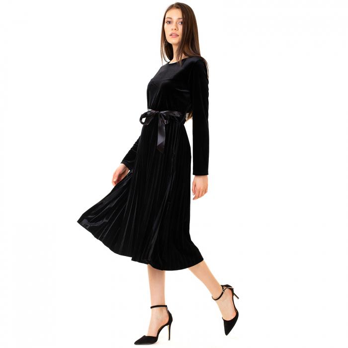 Rochie catifea cu maneca lunga 1
