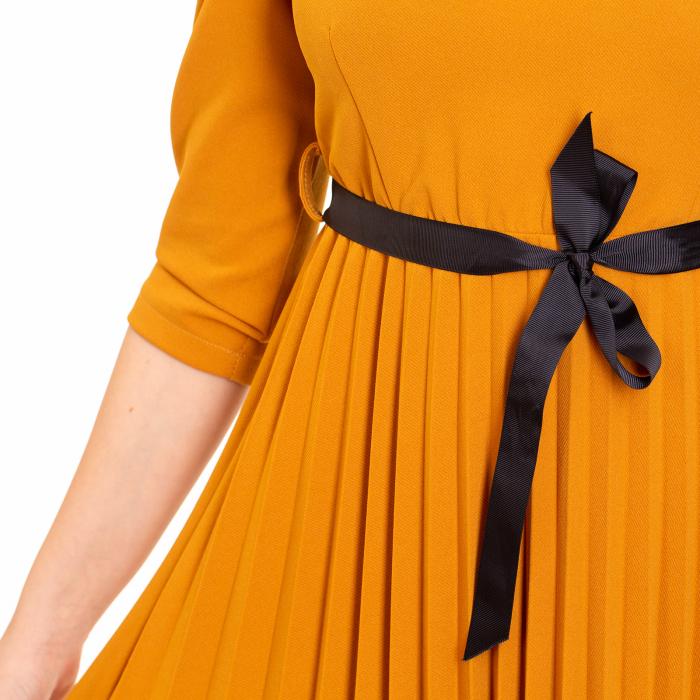 Rochie plisata cu cordon 3