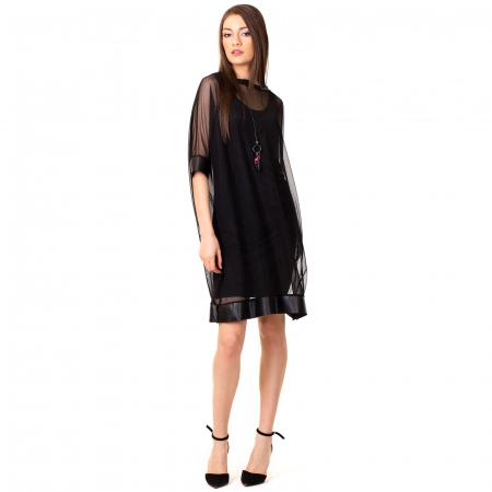 Rochie transparenta cu maieu0