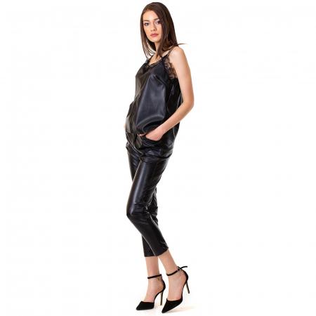 Pantalon piele ecologica cu buzunare2