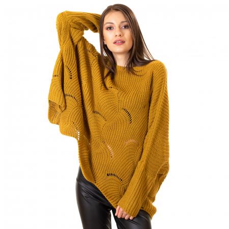 Bluza oversize cu maneca tip fluture3