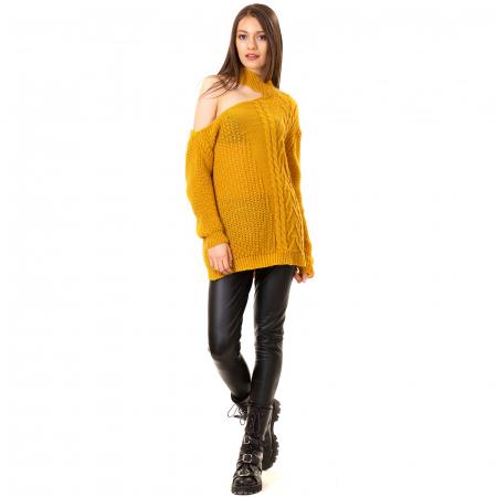 Bluza tricotata cu umarul gol [2]