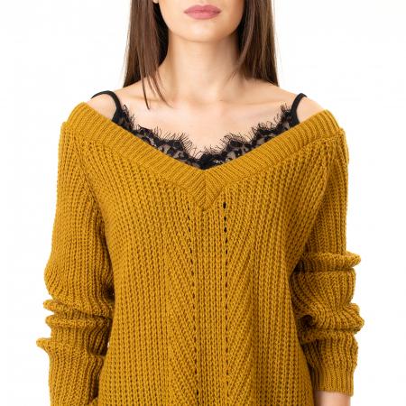 Bluza tricotata cazuta pe umeri5