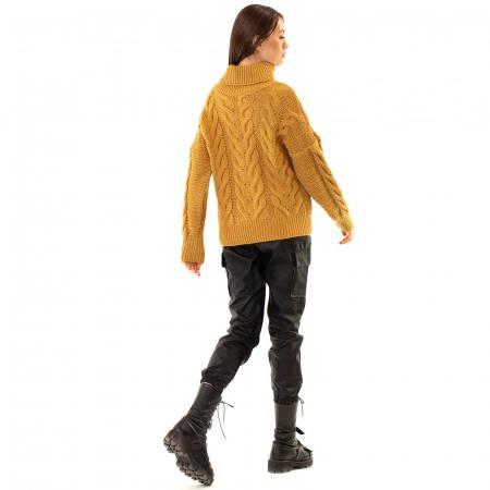 Bluza tricotata cu guler rol2