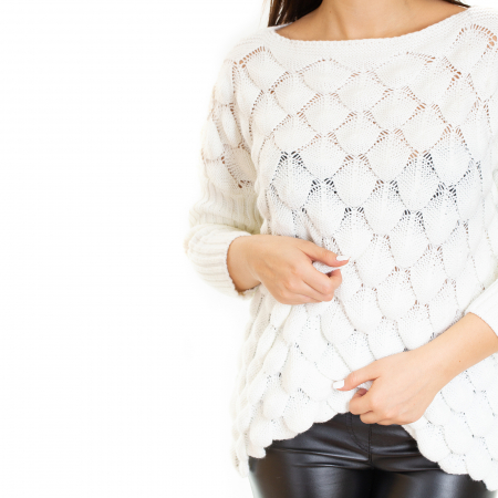 Bluza tricotata bucle cu maneca pana la cot4