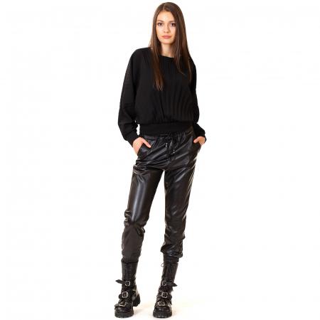 Pantalon din piele ecologica cu buzunare [1]