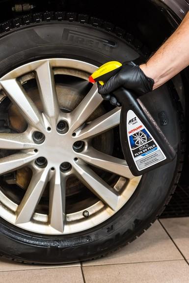 Solutie curatat jante si capace, Atack Wheel Cleaner, Autoland, 700 ml 2