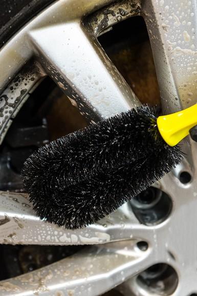 Solutie curatat jante si capace, Atack Wheel Cleaner, Autoland, 700 ml 3