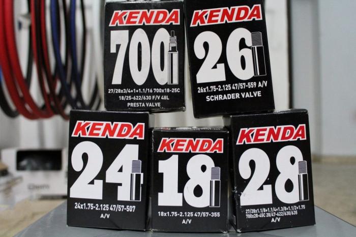Camera Kenda 700×28-45C AV 0