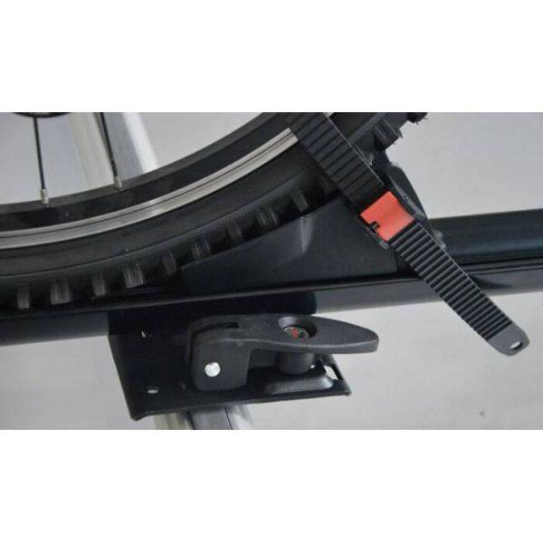Suport bicicleta Menabo Juza cu prindere pe bare transversale 8