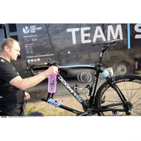 Solutie de curatat bicicleta Muc Off1