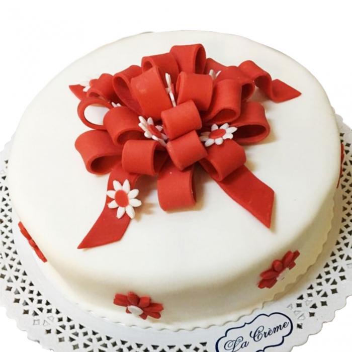 Tort cadou cu funda rosie model 2 [0]