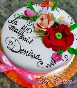 Tort alb cu flori model 1 [0]