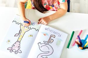 Carte de colorat cu activitati in limba engleza si abtibilduri Jungla JUNGLE [2]