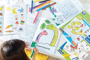Carte de colorat cu activitati in limba engleza si abtibilduri 1 - 20 3