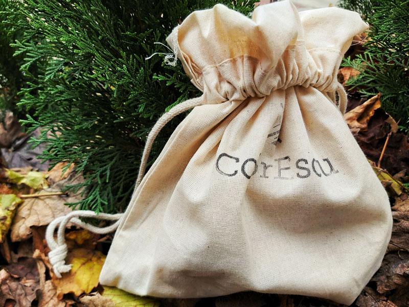 Iarna asta oferă cadou suveniruri româneşti! Ia-le de la ColorEscu