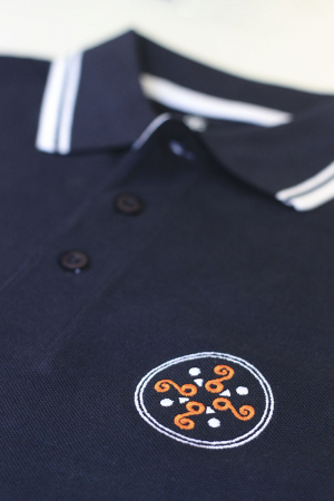 Tricou Simbol Cucuteni, broderie, culoare bleumarin1