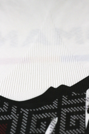 Bluză de compresie sport Lup Dacic, unisex3