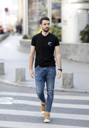 Tricou Lupul Dacic - brodat3