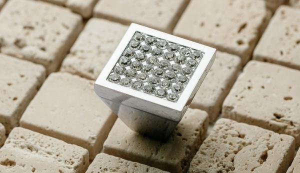 Buton mobila Glamour Crystal 30x28.5 mm 2