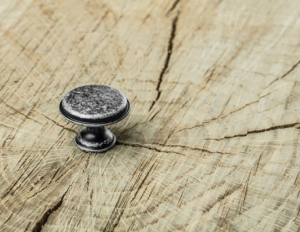 Buton mobila Cento D28 mm, argintiu antichizat [1]