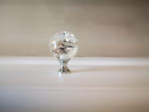 Buton mobila White Crystal 30x43 mm4