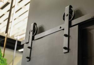 Sistem de culisare pentru usi de interior LOFT, negru mat2