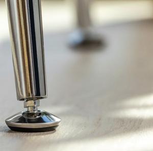 Set 4 picioare masa, gama X-Line, ajustabile, H 710 mm, Crom2