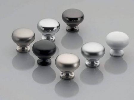 Buton mobila BERGAMO 32x30 mm, aluminiu [1]