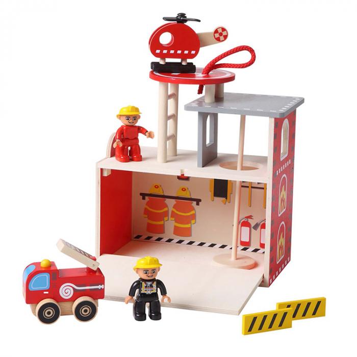 Statie pompieri din lemn [0]