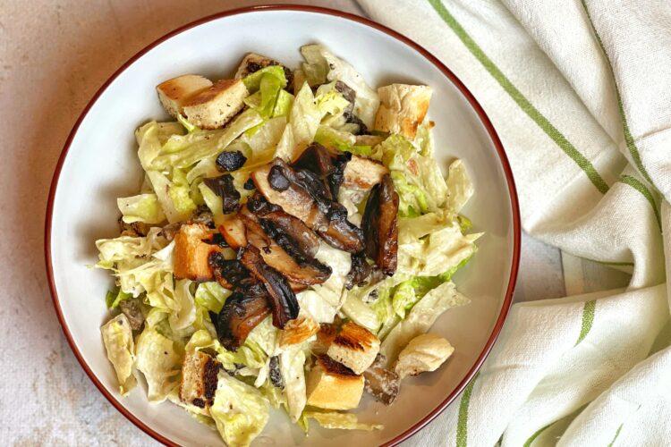 Salata Caesar vegana